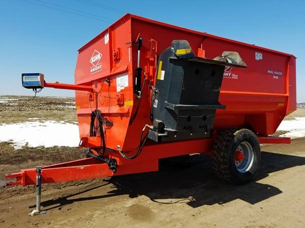 Kuhn-Knight-3142-Reel-Mixer-ID2935