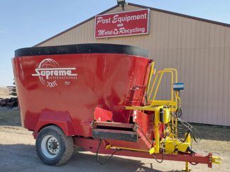 Supreme-700T-Vertical-Mixer-Wagon