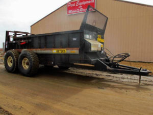 Meyers-VB750-Manure-Spreader-ID2988