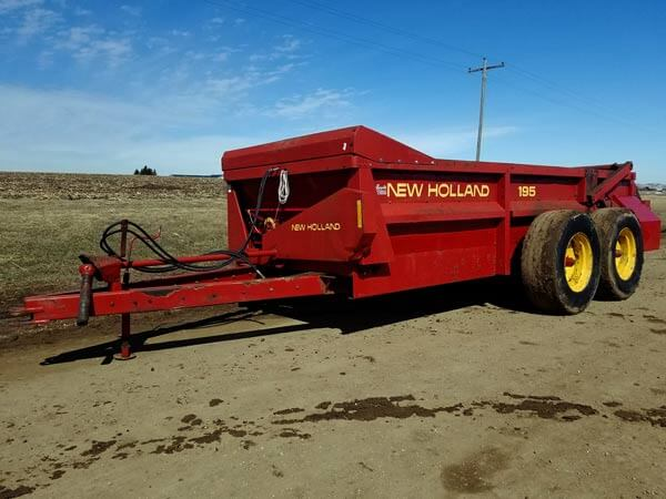 New-Holland-195-Spreader-ID2969