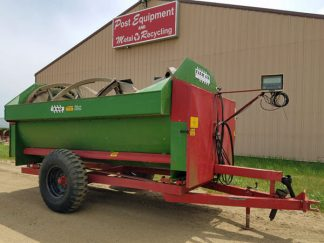 Farm-Aid-340-Reel-Mixer-Wagon-ID2994