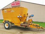 Kuhn-Knight-5144-Vertical-Mixer-Wagon