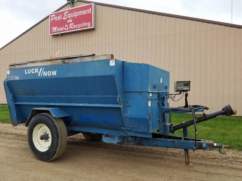 Luck-Now-200-4-Auger-Mixer-ID2990
