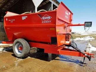 Kuhn-Knight-3136-Reel-Mixer-Wagon-ID3040