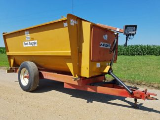 Kuhn-Knight-3300-Reel-Mixer-Wagon-ID3045