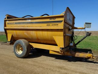 Kuhn-Knight-3042-Reel-Mixer-Wagon-ID3060