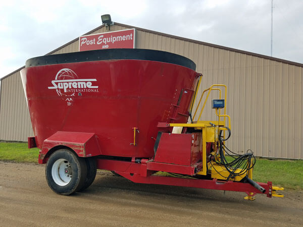 Supreme-900T-Vertical-Mixer-Wagon-ID3056