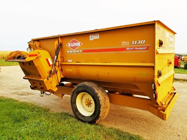 Kuhn-Knight-3130-Reel-Mixer-ID3125