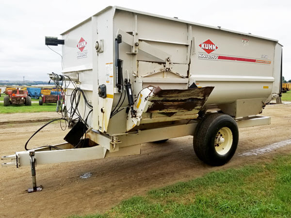 Kuhn-Knight-3150-Reel-Mixer-ID3176