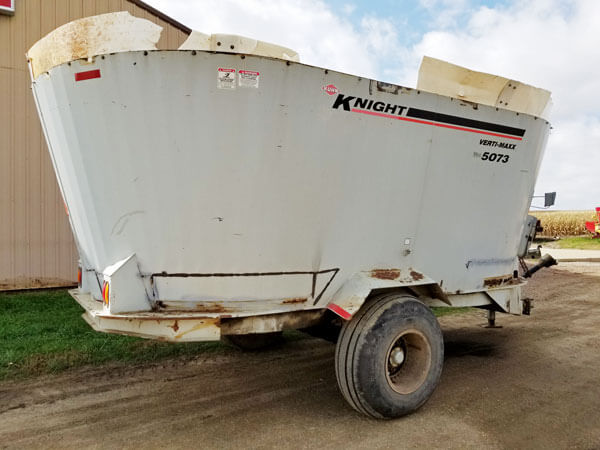Kuhn-Knight-5073-Vertical-Mixer-ID3192