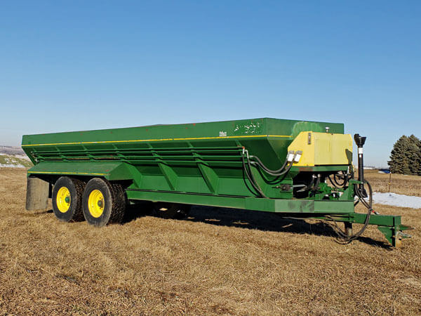 Chandler-22CLPT-Manure-Spreader