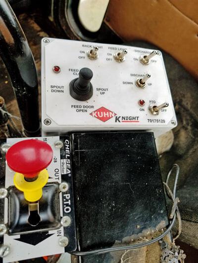 Knight-5156-Vertical-Mixer-Truck-Mount