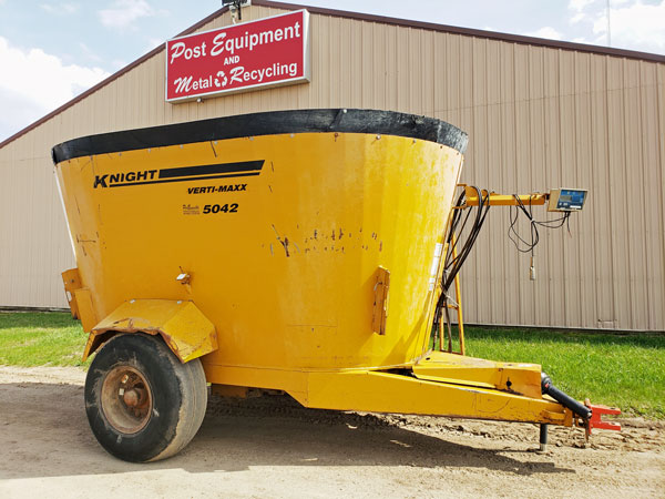 Kuhn-Knight-5042-Vertical-Mixer-Wagon-ID3296