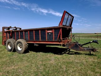 Spread-All-22T-Vertical-Manure-Spreader-ID3287