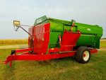 Farm-Aid-430-Reel-Mixer-ID3338