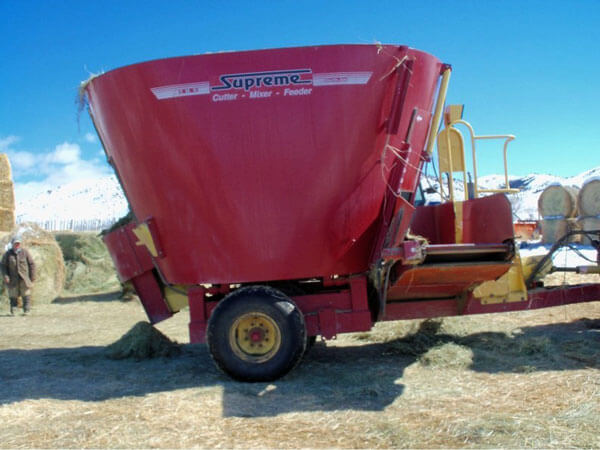 Supreme-600S-Vertical-Mixer-Wagon-ID3367