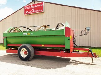 Farm-Aid-430-Reel-Feeder-Wagon