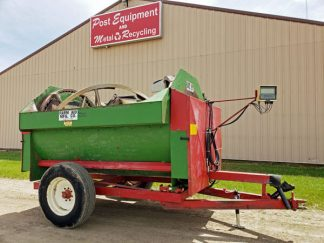 Farm-Aid-250-Reel-Mixer-Wagon