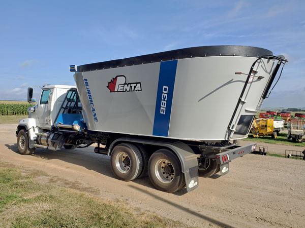 Penta-9830-Vertical-Mixer-on-2020-Western-Star
