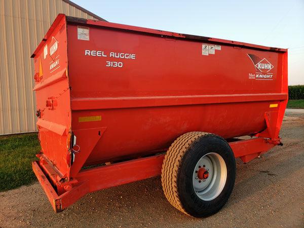 Kuhn-Knight-3130-Reel-Mixer-Wagon-ID3440