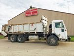 Knight-1170-Manure-Spreader-Mounted-On-Peterbilt-Truck