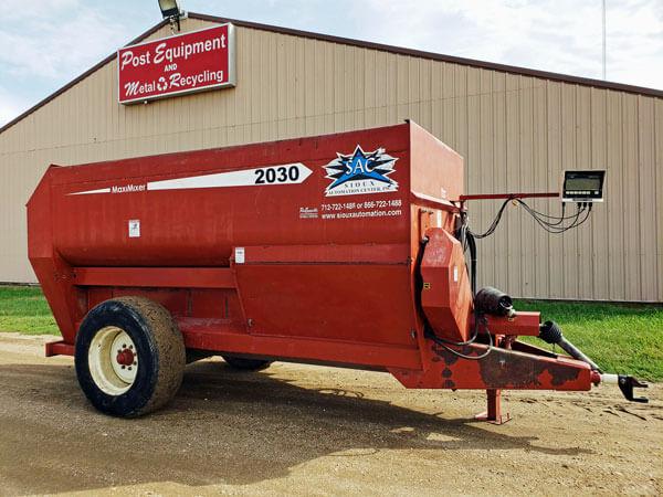 SAC-2030-Maxi-Mixer-Feed-Wagon