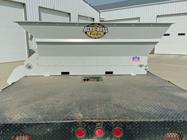 Herd-Boss-Feeder-4810