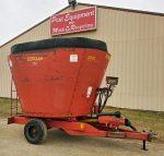 Schuler-4510-Vertical-Mixer-Wagon