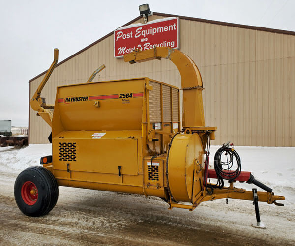 Haybuster-2564-Bale-Processor