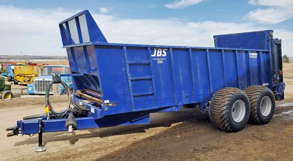 JBS-2248-Vertical-Beater-Manure-Spreader