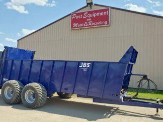 JBS-2248-E-Series-Manure-Spreader