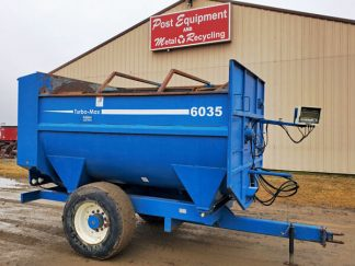 SAC-6035-Reel-Mixer-Wagon