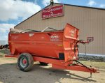 Kuhn-Knight-3142-Reel-Mixer-Wagon