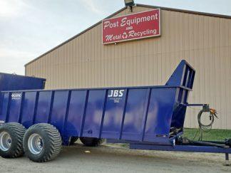 JBS-2248-E-Series-Vertical-Manure-Spreader