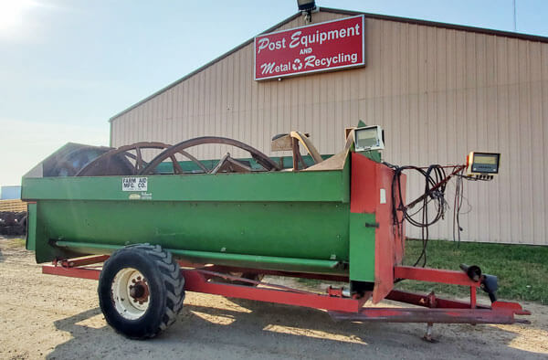 Farm-Aid-430-Reel-Mixer