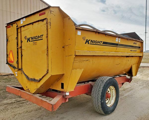 Kuhn-Knight-3042-Reel-Mixer