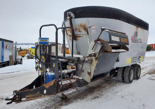 Penta-1120HD-Vertical-Mixer-Wagon