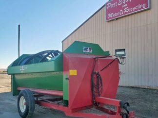 Farm-Aid-340-Reel-Mixer-Wagon