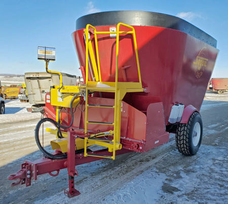 Segue-6T-Vertical-Mixer-Wagon-ID3842