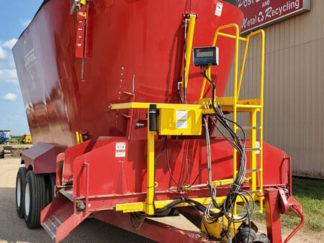 Supreme-1700T-Vertical-Mixer-Wagon-ID3874-1