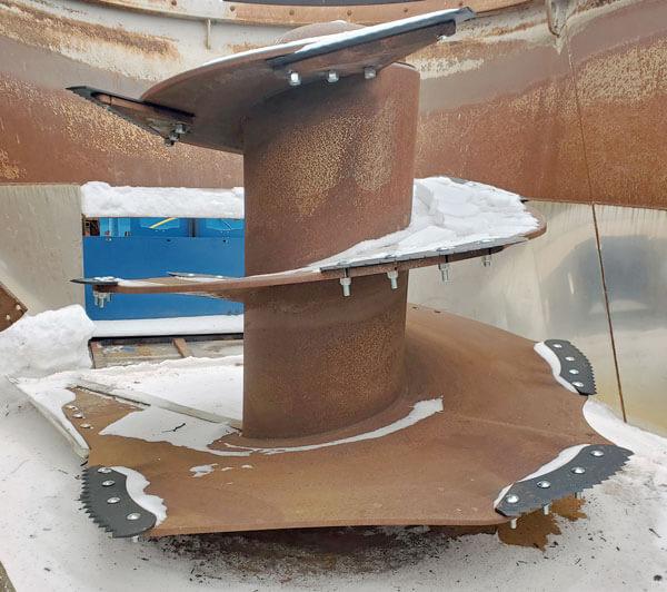 Penta-6730-Vertical-Mixer-Wagon
