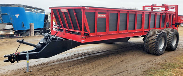 Spread-All-TR24-Vertical-Beater-Manure-Spreader