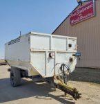 RotoMix-620-16-Staggered-Rotor-Mixer-Wagon