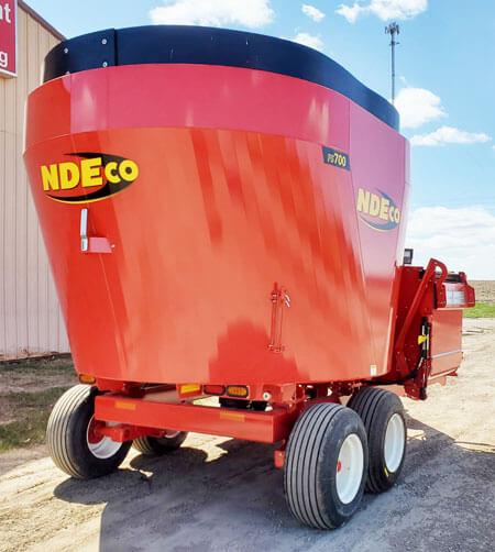 NDE-FS700-Vertical-Mixer-Wagon