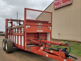 H&S-HP550-Vertical-Manure-Spreader