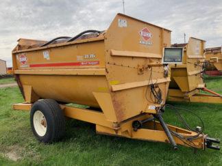 Kuhn-Knight-3136-Reel-Mixer-Wagon